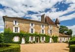 Location vacances Saint-Médard-d'Excideuil - Nouzet Chateau Sleeps 12 Pool Wifi-1