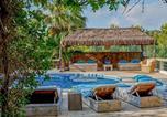 Location vacances Sant Josep de sa Talaia - San Jose Villa Sleeps 12 Pool Air Con Wifi-4