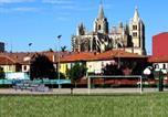 Location vacances  Léon - Parques de la Catedral-1