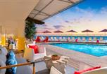 Hôtel Oceanside - Beach Terrace Inn-1