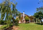 Location vacances Αύλωνας - Kyparissia Garden Retreat - Premium Master Suite-1
