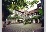 Location vacances Wald-Michelbach - Historischer Adelshof am Marktplatz, Atelier 70 m²-1