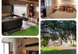 Hôtel Villebarou - &quote; Le Grand Cèdre &quote; chambres d'hôtes-1