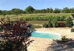 Location vacances Lembach - Chambres d'Hôtes-1
