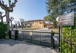 Location vacances Sirmione - Sirmione Apartment Sleeps 5 Pool Air Con Wifi-2