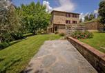 Location vacances  Province d'Arezzo - Agri-tourism Le Capanne Castiglion Fiorentino - Ito07100d-Dya-2