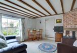 Location vacances Crowhurst - Cozy Holiday home in Sedlescombe Kent with Private Parking-4