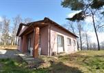 Location vacances  Province de Pistoia - Goraiolo Villa Sleeps 8 Pool Wifi-2