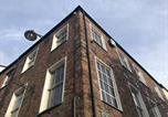 Hôtel Llangefni - Ty Glyndwr Bunkhouse, Bar and cafe
