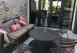 Location vacances  Gard - Maison de ville à Nîmes-4