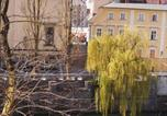 Location vacances Ljubljana - Julija&Robert's Riverview Apartments and Rooms-3