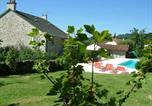 Location vacances  Cantal - Gîte Rural Giou de Mamou-1