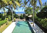 Location vacances Sidemen - 3-bedroom Beach Front Villa, 10 mins to dive sites-1