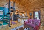 Location vacances Bryson City - 'Trot Inn' Bryson City Cabin w/Hot Tub & Fire Pit!-4