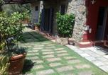 Location vacances  Province de Lucques - Stone house with exclusive garden and pool and private parking-3