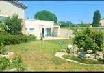 Hôtel Sarrians - Suite Parentale avec Piscine-3