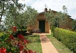 Location vacances Carmignano - Scenic Holiday Home with Swimmimg Pool in Lamporecchio-3