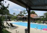 Location vacances Gontaud-de-Nogaret - Gite les Dahlias-1