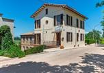 Location vacances San Lorenzo in Campo - Holiday home in Piticchio surrounded by a magnificent landscape.-1