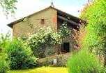 Location vacances San Marcello Pistoiese - Sunny holiday home with warm interiors & impressive skylight-1