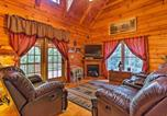 Location vacances Forest City - Cabin on 3 Acres with Deck and Fire Pit - 5mi to Tiec!-3