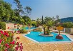 Camping avec Quartiers VIP / Premium Alpes-Maritimes - Sites et Paysages Les Pinèdes-1