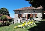 Location vacances  Cantal - Gîte Lafontbasse-2