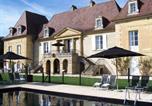 Hôtel Mouleydier - Château Les Merles et ses Villas-3