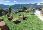 Location vacances Barzio - Holiday home Mandello del Lario 49-3