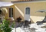 Location vacances Civrac-en-Médoc - House with 3 bedrooms in Begadan with shared pool furnished garden and Wifi 25 km from the beach-3