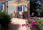 Location vacances Güstrow - Spacious Apartment in Lalendorf with Barbecue-2