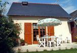 Location vacances Linières-Bouton - Holiday Home Meigne le Vicomte-1