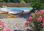 Location vacances Faucon - La grande Pinède-1