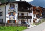 Location vacances Campitello di Fassa - La Capinera Canazei-1