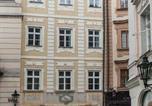 Location vacances Praha - Zlatý kůň Golden Horse-1
