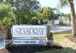 Hôtel Sarasota - The Sea Spray Resort-1