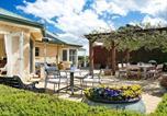Location vacances Canyonleigh - Sinden Park - garden, swimming pool, rural vistas-1