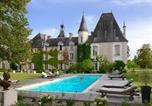 Location vacances  Charente - Chateau Le Mas de Montet-1