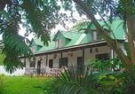 Location vacances Pinetown - La Familia Guest House-1