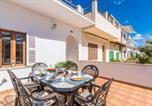 Location vacances Santa Margalida - Can Picafort Villa Sleeps 6 Air Con Wifi-1