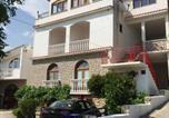 Location vacances Starigrad - Studio in Starigrad-Paklenica 6896-3