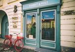 Hôtel Sibiu - Rabbit Hole-1