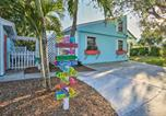 Location vacances Jupiter - Tropical Hobe Sound Cottage Less Than 2 Mi From the Beach-1