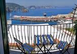 Location vacances  Province de Latina - Maridea - Camere con vista al Porto-1