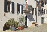 Location vacances  Province de Pordenone - Vintage Apartment in Poffabro with picturesque view-4