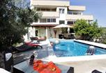 Location vacances Okrug - Pool Apartments Diana-1