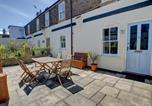 Location vacances Dover - Holiday Home Cam Court-1
