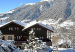 Location vacances Ernen - Two-Bedroom Apartment Aragon 2-1