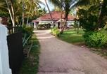 Location vacances Koggala - Sun and Surf Rest-1