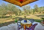 Location vacances Teano - San Carlo Villa Sleeps 6 Wifi-1
